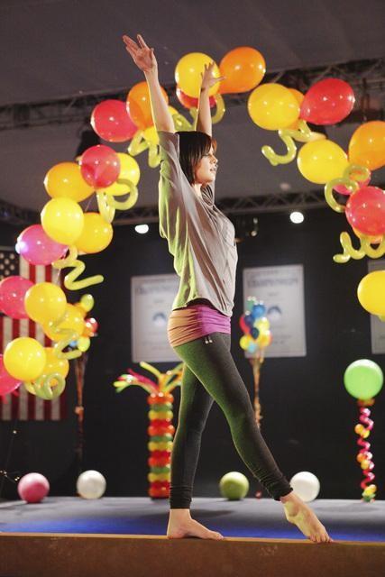 Make it or Break it: Chelsea Hobbs nell'episodio Are We Having Fun Yet?