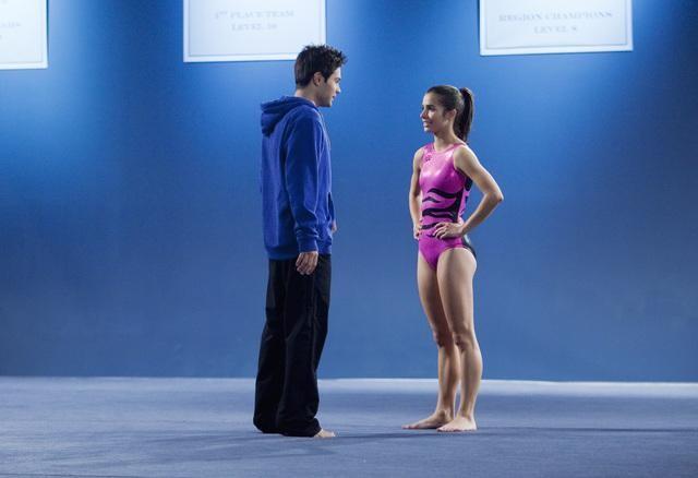 Make it or Break it: Josie Loren e Cody Longo in una scena dell'episodio Love Me, Love Me Not