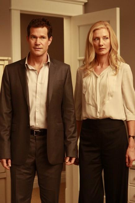 Dylan Walsh e Joely Richardson nell'episodio Alexis Stone II di Nip/Tuck