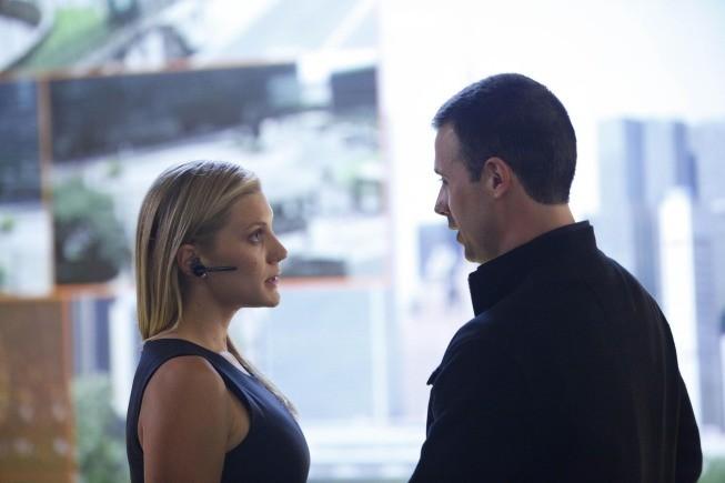Freddie Prinze Jr. e Katee Sackhoff nella premiere del Day 8 di 24