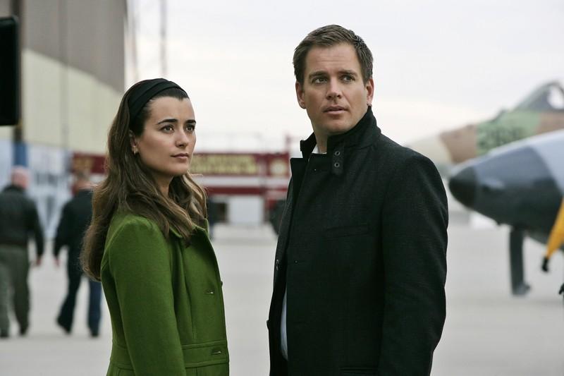 Michael Weatherly e Cote de Pablo in una scena dell'episodio Ignition di Navy NCIS