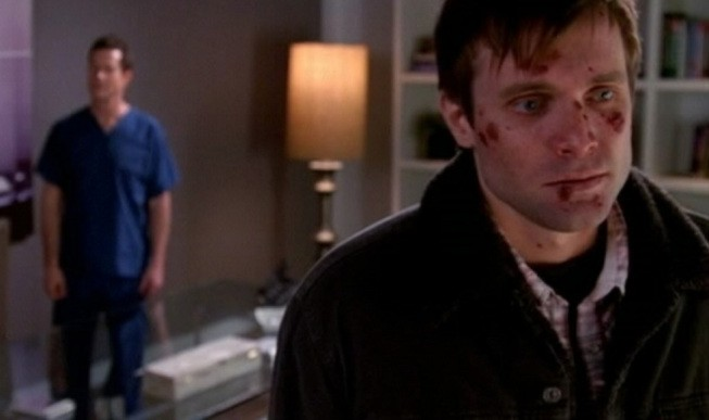 Nip/Tuck: Dylan Walsh e Neil Hopkins in una scena dell'episodio Benny Nilsson