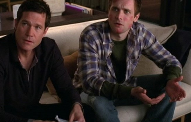 Nip/Tuck: Dylan Walsh e Neil Hopkins nell'episodio Benny Nilsson