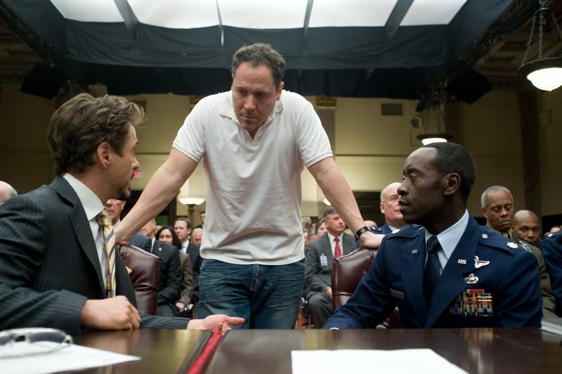 Robert Downey jr e Don Cheadle in una scena di Iron Man 2