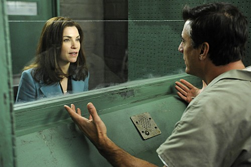 The Good Wife: Julianna Margulies e Chris Noth nell'episodio Painkiller