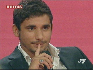Ferdi Berisa intervistato durante una puntata di Tetris