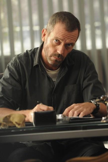 Hugh Laurie in una scena di Remorse tratta dalla sesta stagione di Dr. House: Medical Division
