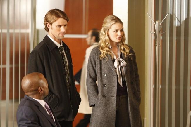 Jesse Spencer, Jennifer Morrison e Omar Epps in una scena di Teamwork dalla sesta stagione di Dr. House: Medical Division
