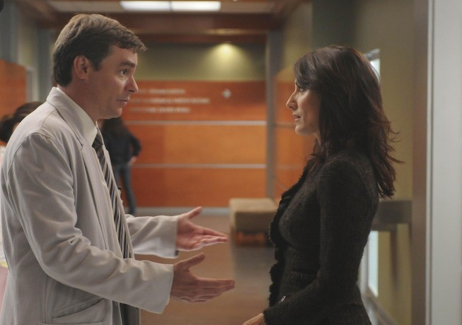 Robert Sean Leonard e Lisa Edelstein in una scena di Wilson dalla sesta stagione di Dr. House: Medical Division
