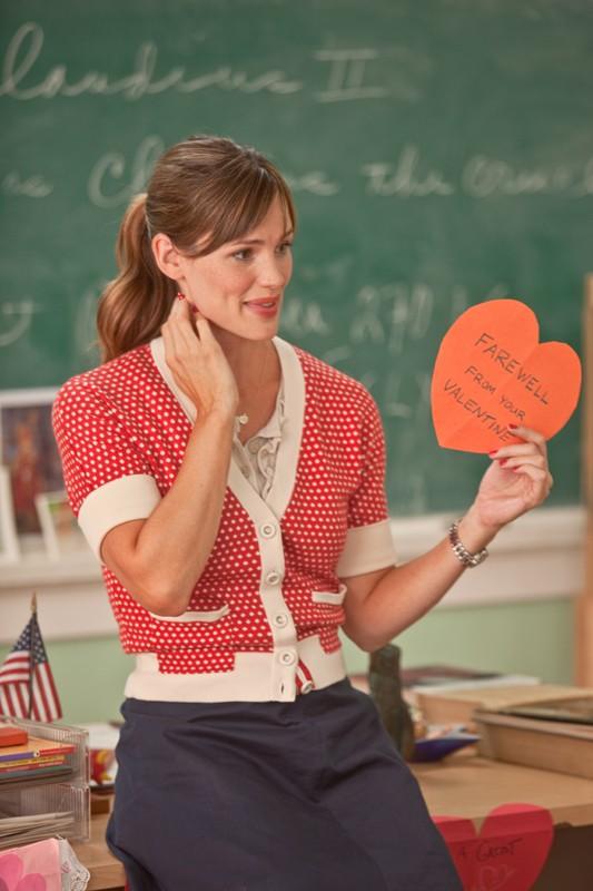 Julia (Jennifer Garner) a scuola in una scena del film Valentine's Day