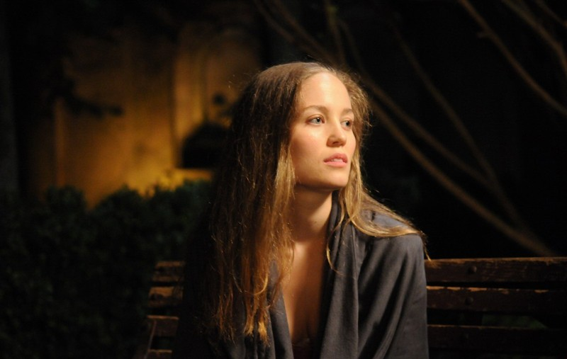 Erika Christensen in una scena del film Veronika Decides to Die