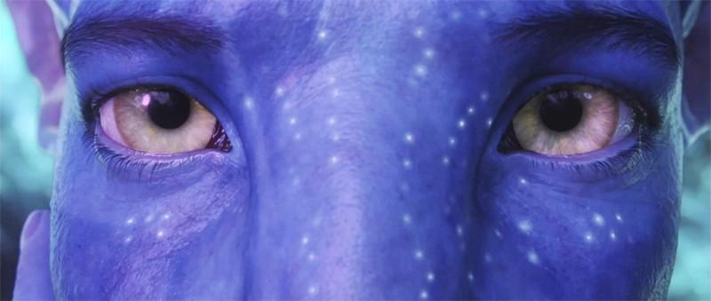 Il risveglio di Jake Sully (Sam Worthington) nel suo nuovo corpo Avatar