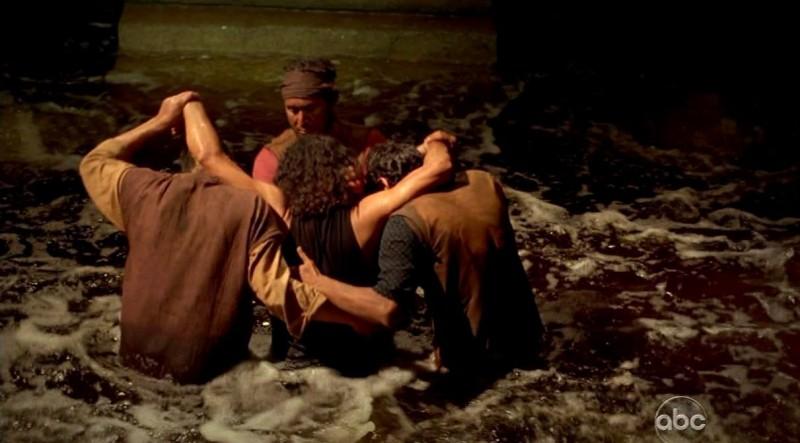 Una scena tratta da LA X: Part 2, dalla sesta stagione di Lost
