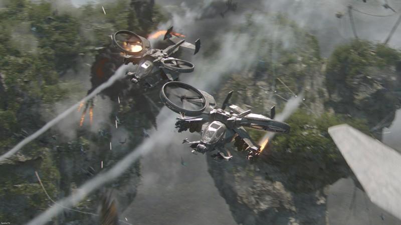 Una squadriglia di elicotteri armati durante la battaglia su Pandora nel film Avatar