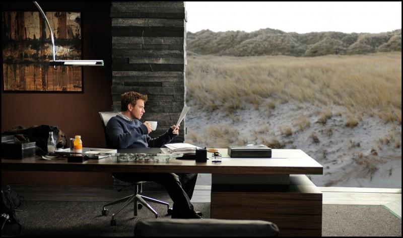Ewan McGregor in una scena del thriller L'uomo nell'ombra di Roman Polanski