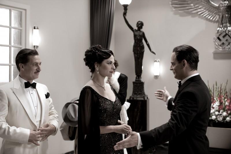 Martina Gedeck, Tobias Moretti e Moritz Bleibtreu nel film Jud Süß