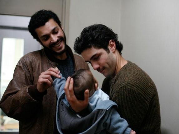Tahar Rahim e Adel Bencherif in una scena del film Il profeta