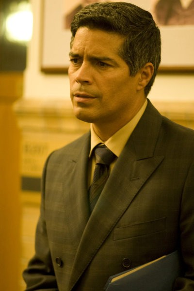 Caprica: Esai Morales in una scena dell'episodio The Reins of a Waterfall