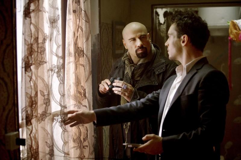 John Travolta e Jonathan Rhys Meyers combattono il terrorismo nel film From Paris with Love