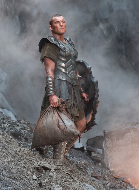 Sam Worthington nel ruolo di Perseo, eroe mitologico nel film Clash of the Titans