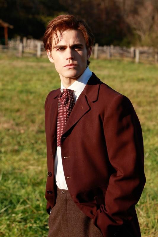 Paul Wesley interpreta Stefan in un flashback del proprio passato nell'episodio Children of the Damned di Vampire Diaries
