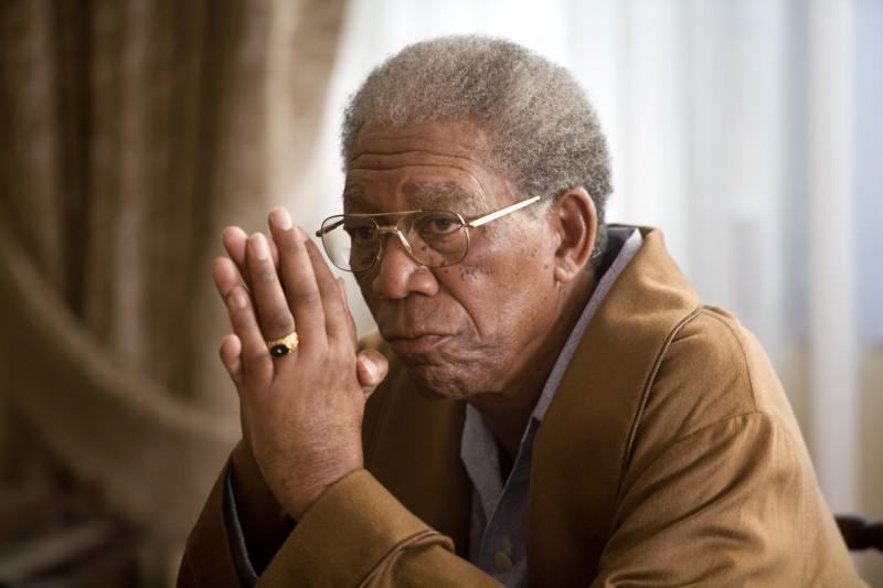 Morgan Freeman in un'immagine tratta dal film Invictus