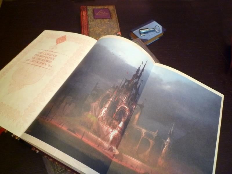 Alice in Wonderland: un'immagine del gadget promozionale realizzato per il film - 5