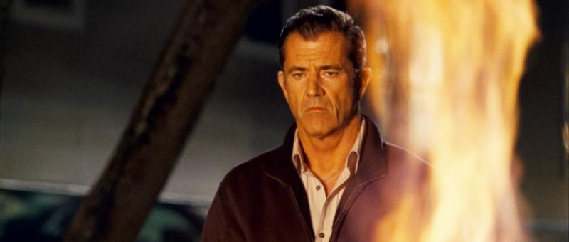 Mel Gibson in una scena del film Fuori controllo