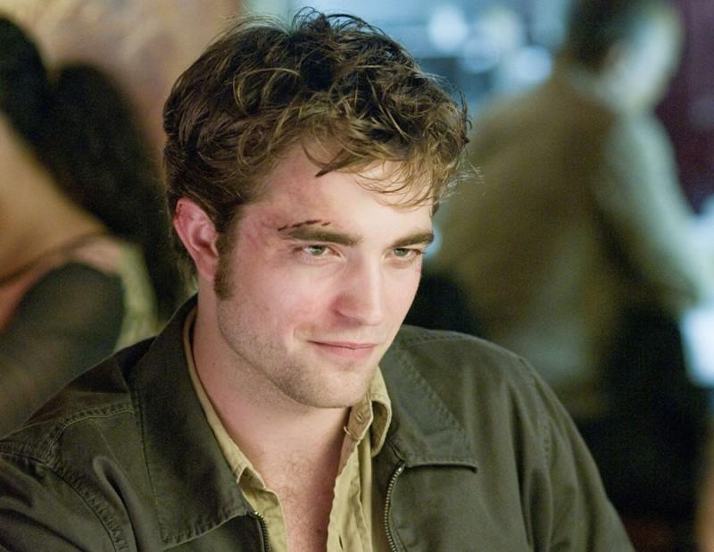Robert Pattinson in una scena di Remember Me