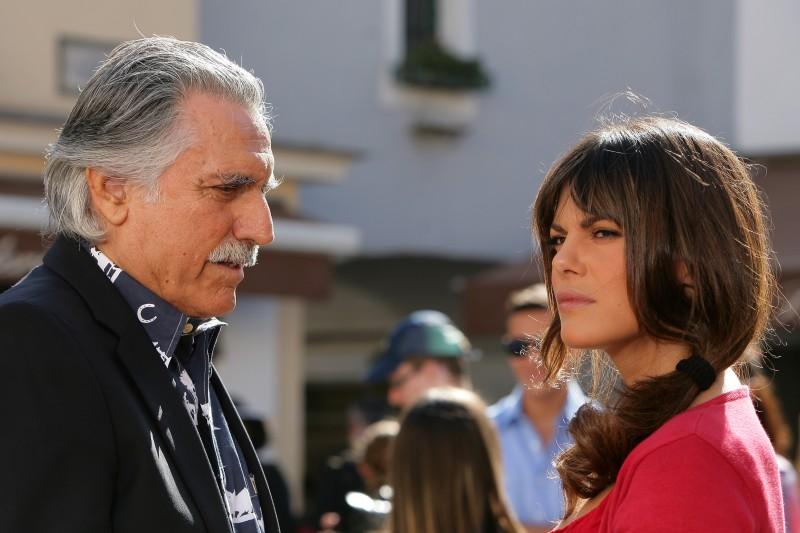 Lando Buzzanca e Bianca Guaccero in una scena della fiction Capri 3