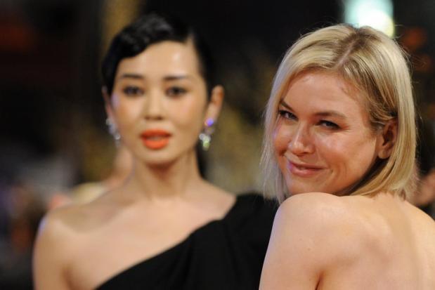 Berlinale 2010: le giurate Reneé Zellwegger e Yu Nan sul tappeto rosso della kermesse