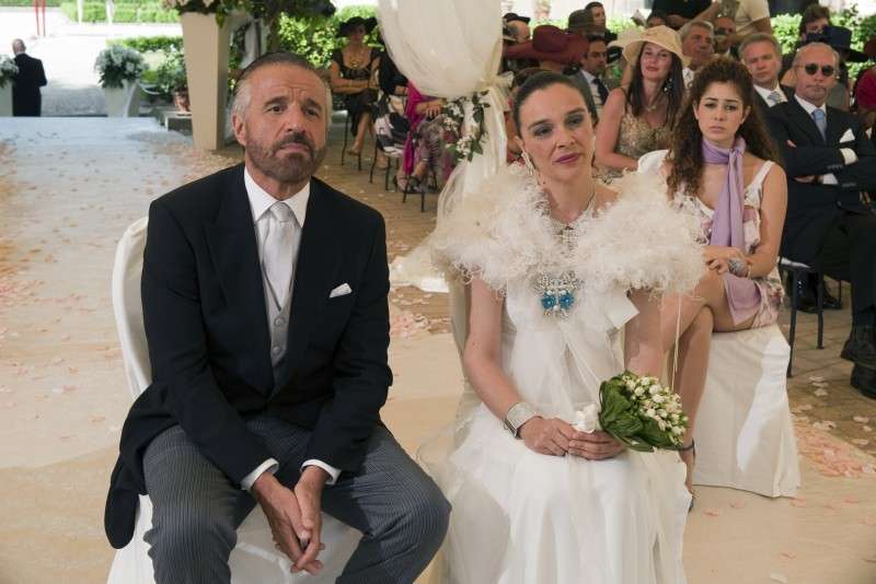 Christian De Sica e Alessandra Acciai nel dramma Il figlio più piccolo di Pupi Avati
