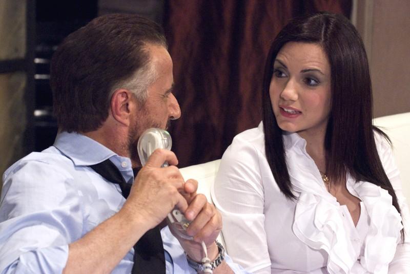 Christian De Sica e  Tiziana Buldini nel film Il figlio più piccolo di Pupi Avati