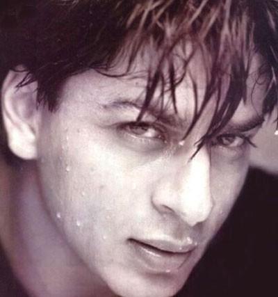 l'attore indiano Shahrukh Khan