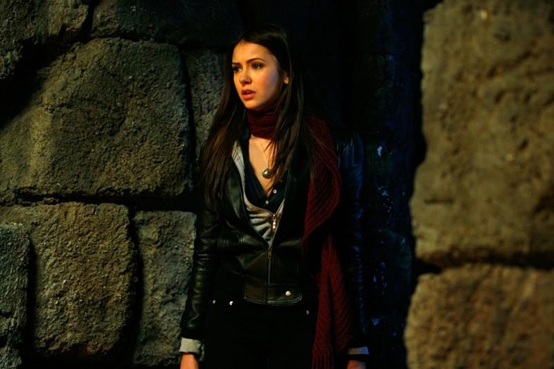 Elena Gilbert (Nina Dobrev) nell'episodio Fool Me Once di Vampire Diaries