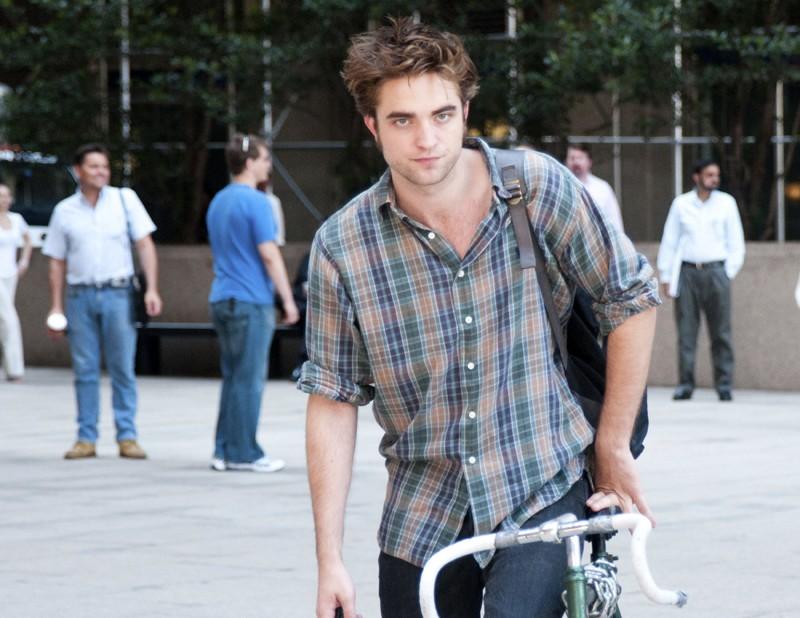 Una scena del film Remember Me con Robert Pattinson