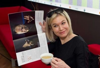 Berlinale 2010: caffè e giornale per Reneé Zellwegger