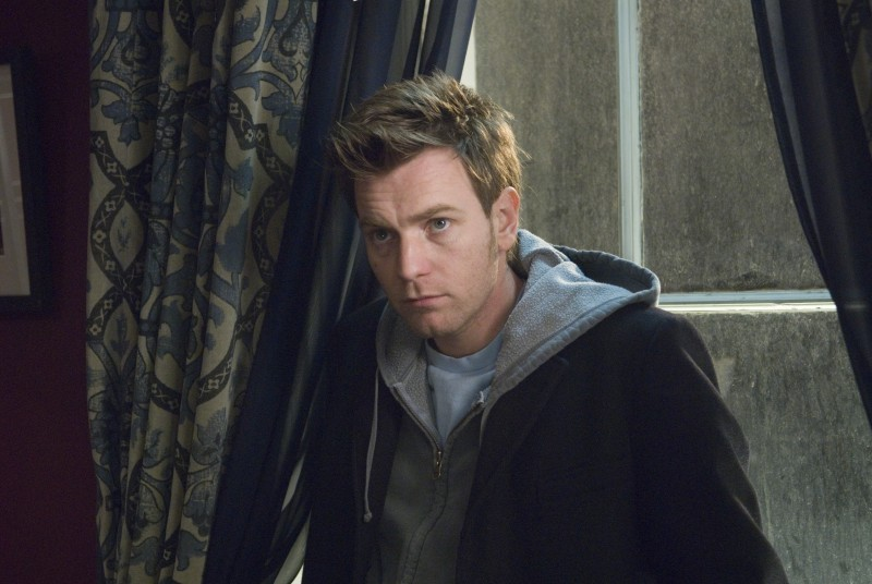 Ewan McGregor in una sequenza del film Senza apparente motivo