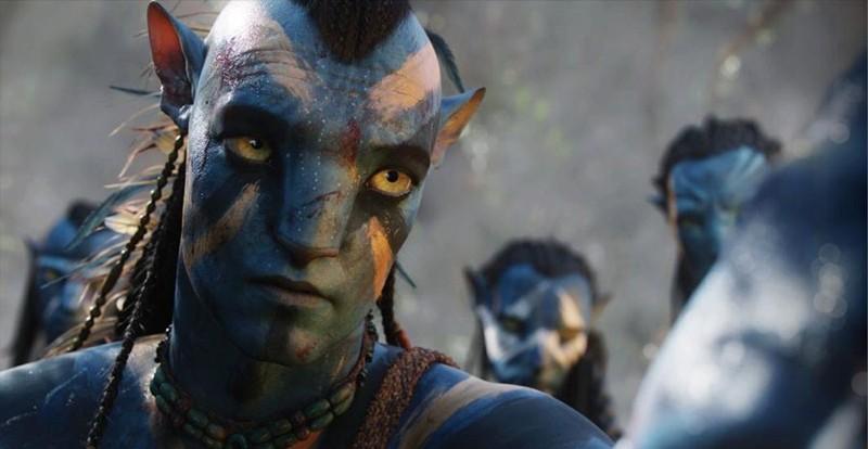 L'avatar Jake Sully in seguito alla battaglia su Pandora nel film Avatar