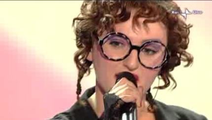 60esimo Festival di Sanremo, seconda serata: Arisa canta Malamorenò