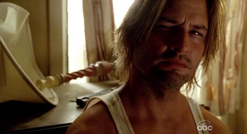 Josh Holloway in una scena di The Substitute dalla sesta stagione di Lost