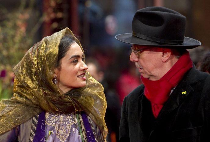 Berlinale 2010: Mitra Hajjar (attrice di The Hunter) con Dieter Kosslick