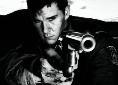 Ryan Kwanten in una immagine promo del western Red Hill