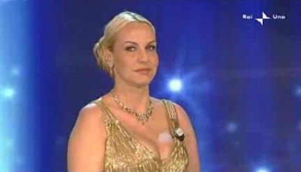Sanremo 2010, terza serata: Antonella Clerici