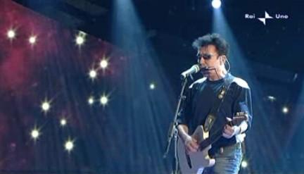 Sanremo 2010, terza serata: Edoardo Bennato