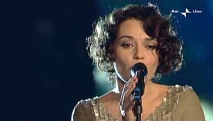 Sanremo 2010, terza serata: Carmen Consoli è tra gli ospiti