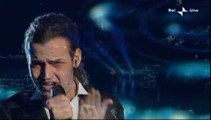 Sanremo 2010: Valerio Scanu è in finale