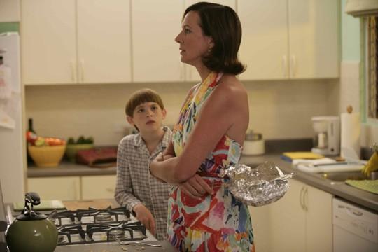 Allison Janney e Dylan Riley Snyder in una scena del film Life During Wartime di Todd Solondz