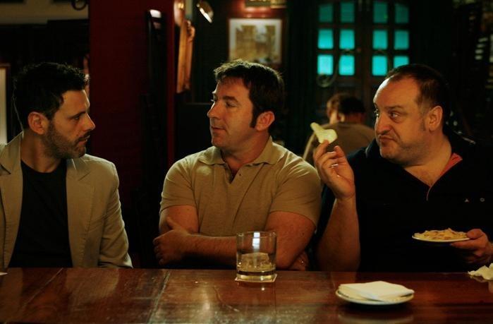Roberto Enríquez, Antonio de la Torre e Fernando Albizu in un'immagine del film Gordos