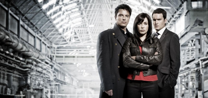 John Barrowman, Eve Myles e Gareth David-Lloyd in una foto promozionale di Torchwood: Children of Earth